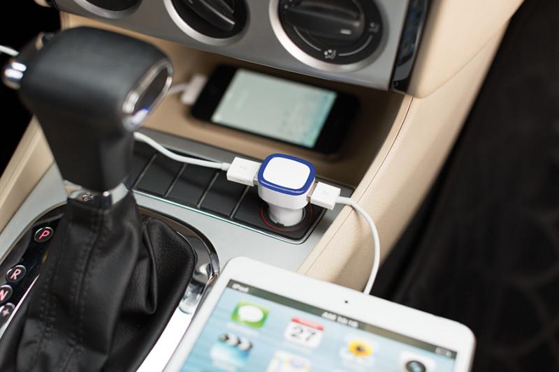INP302213 Caricatore per automobile1